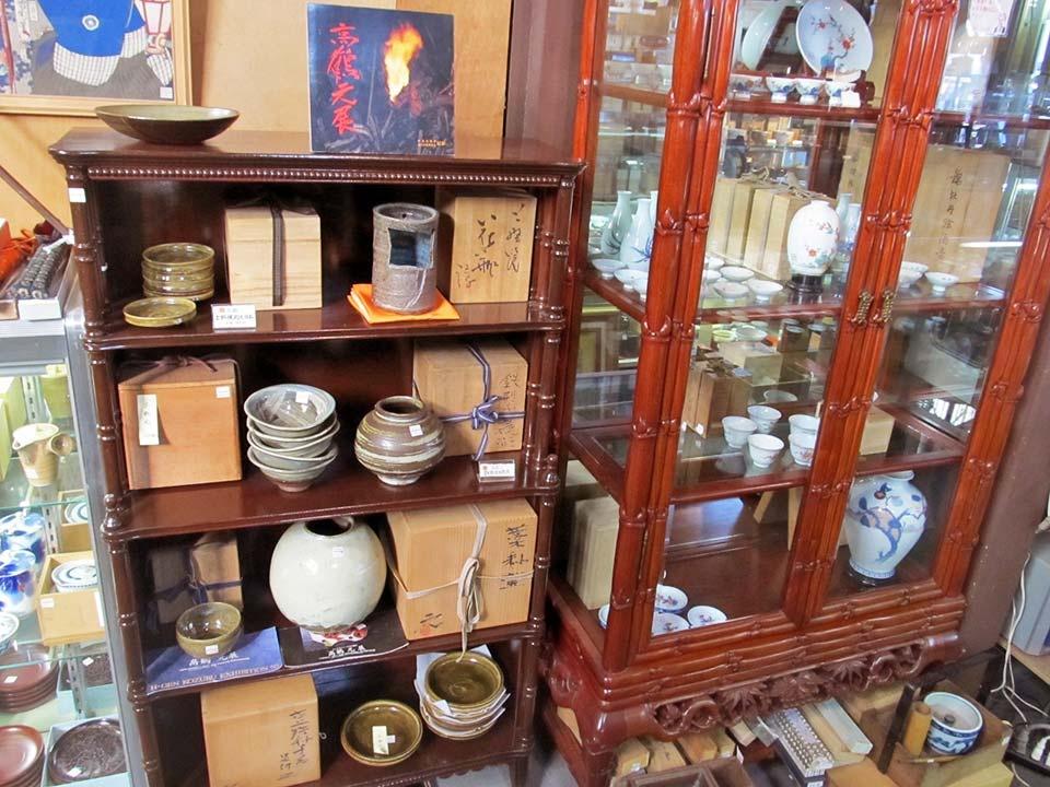 上野焼、高鶴元、人間国宝酒井田柿右衛門窯を集めました。