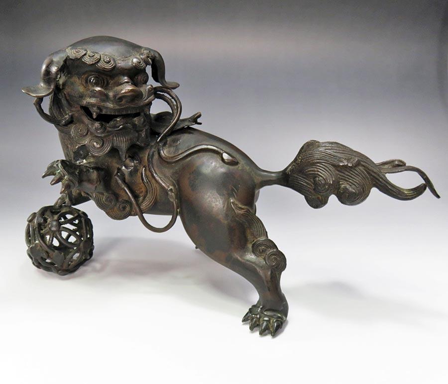 古銅の玉乗り獅子香炉、中国で大人気!!【売切れ】