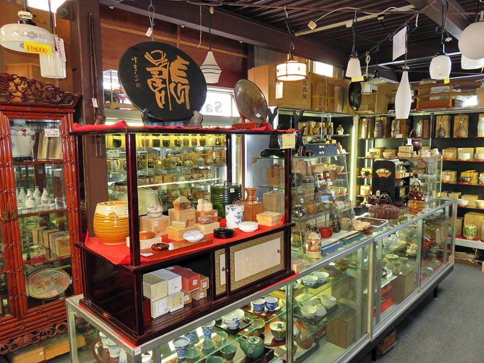 茶道具は数千点の品ぞろえ!いろいろあります。