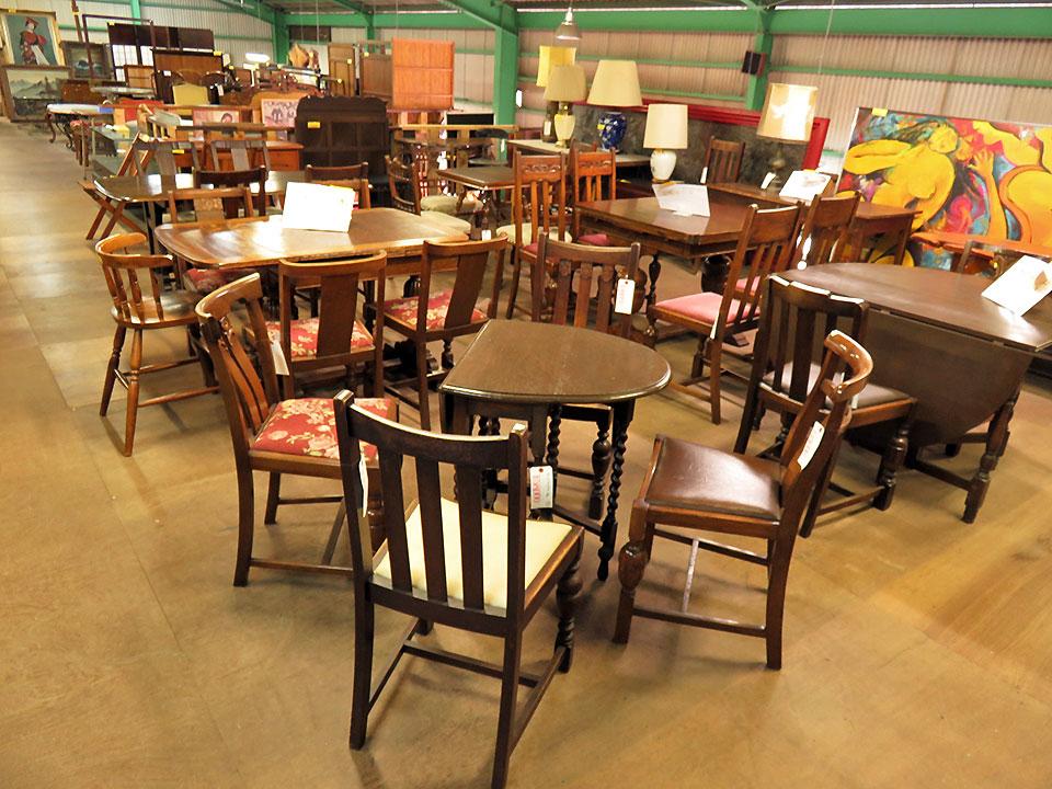 家具、インテリアもいろいろあります!