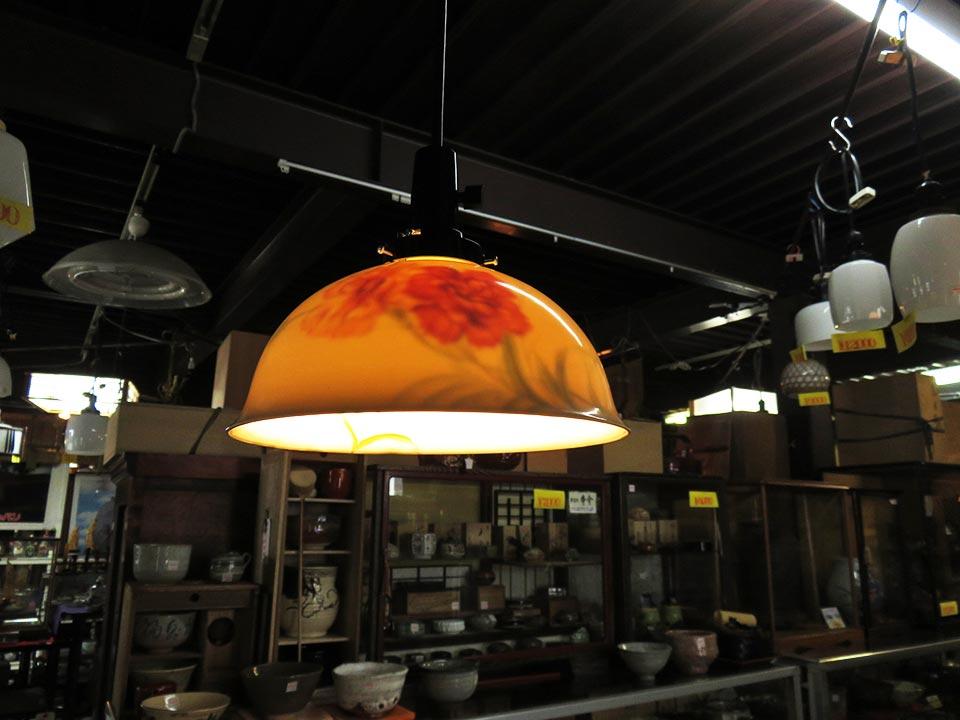 オールドノリタケ 日陶の陶器電傘(貴重品)です!大正~昭和時代のガラス電傘、多数あります!